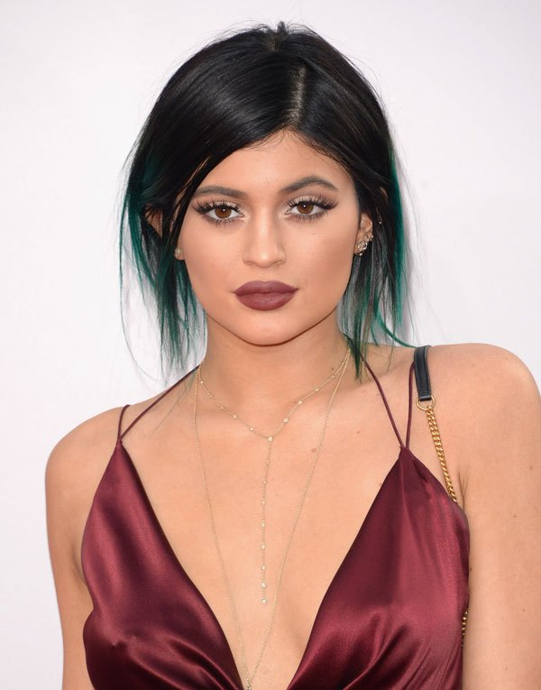 kylie-jenner-hair-colors