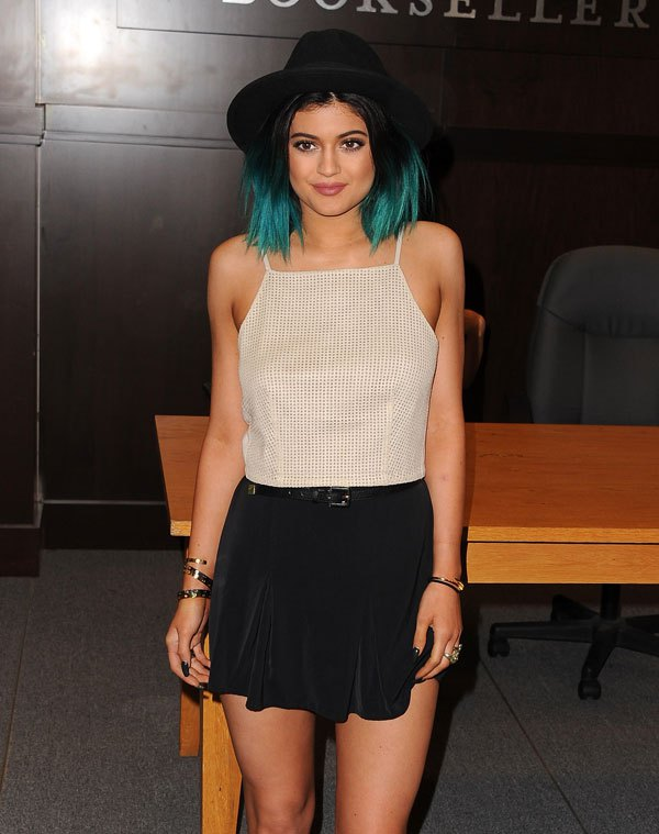 kylie-jenner-hair-colors1