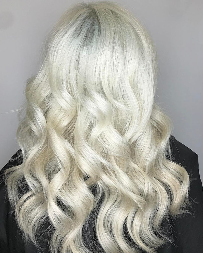 Platinum body wave hair